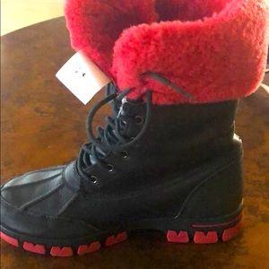 Lauren Ralph Lauren ❄️ leather and rubber boot 🥾